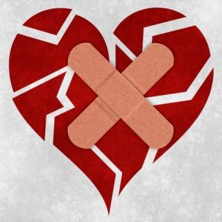 http://freestock.ca/conceptual_g65-mending_a_broken_heart_p2490.html