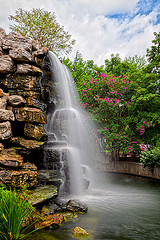 http://freestock.ca/landscapes_nature_g41-zoo_waterfall__hdr_p2271.html